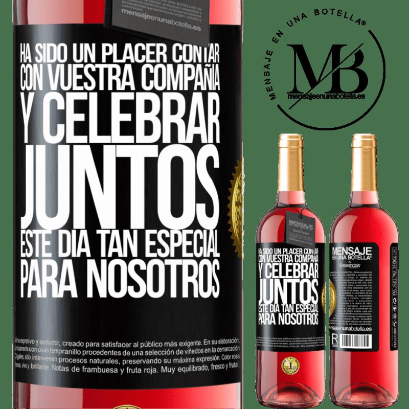 24,95 € Envoi gratuit | Vin rosé Édition ROSÉ Ce fut un plaisir d'avoir votre entreprise et de célébrer ensemble cette journée spéciale pour nous Étiquette Noire. Étiquette personnalisable Vin jeune Récolte 2020 Tempranillo