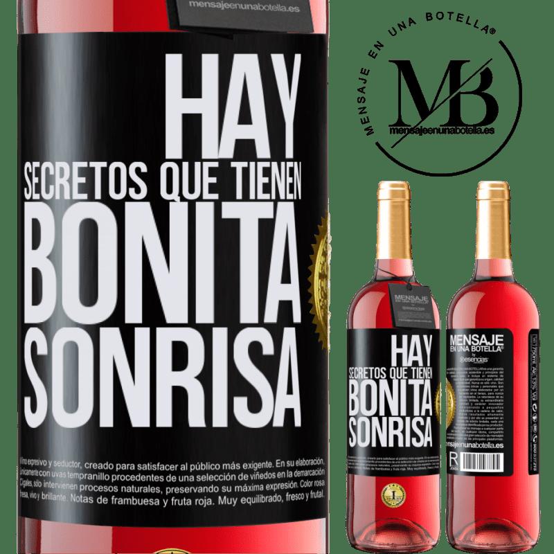 24,95 € Envoi gratuit   Vin rosé Édition ROSÉ Il y a des secrets qui ont un beau sourire Étiquette Noire. Étiquette personnalisable Vin jeune Récolte 2020 Tempranillo