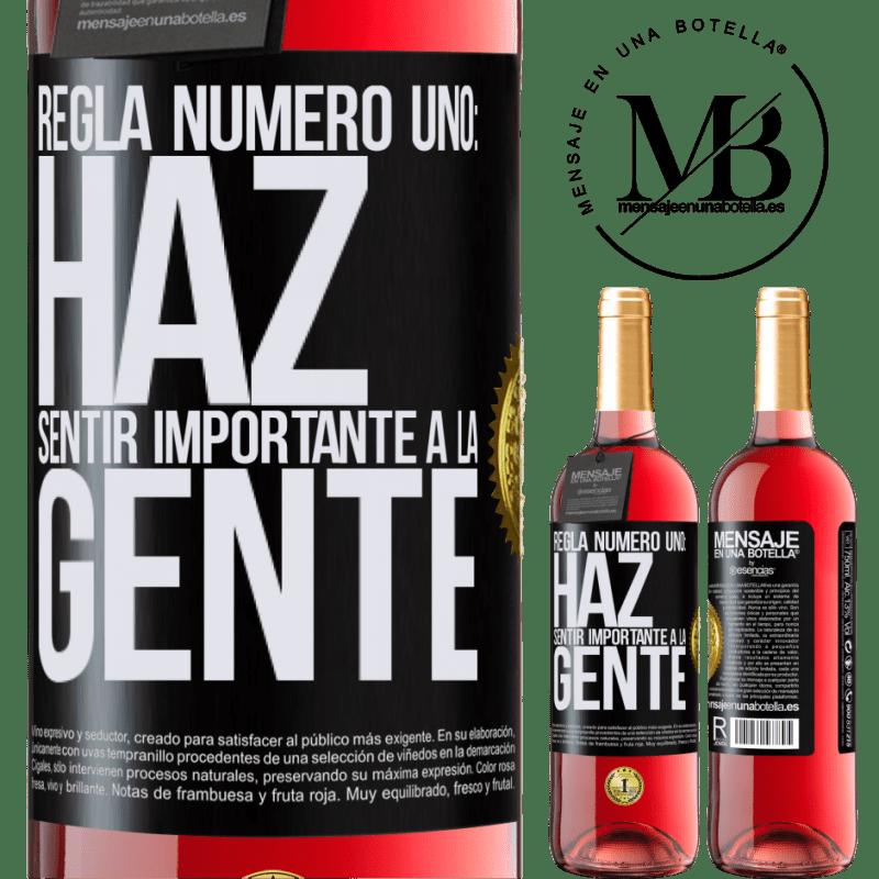 24,95 € Envoi gratuit | Vin rosé Édition ROSÉ Règle numéro un: faire en sorte que les gens se sentent importants Étiquette Noire. Étiquette personnalisable Vin jeune Récolte 2020 Tempranillo