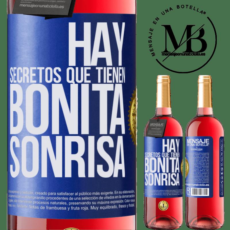 24,95 € Envoi gratuit   Vin rosé Édition ROSÉ Il y a des secrets qui ont un beau sourire Étiquette Bleue. Étiquette personnalisable Vin jeune Récolte 2020 Tempranillo