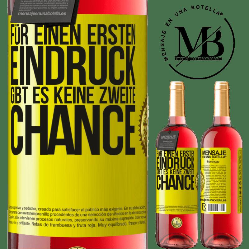 24,95 € Kostenloser Versand | Roséwein ROSÉ Ausgabe Für einen ersten Eindruck gibt es keine zweite Chance Gelbes Etikett. Anpassbares Etikett Junger Wein Ernte 2020 Tempranillo
