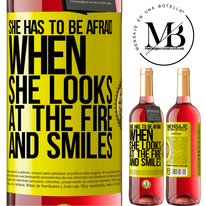 24,95 € Free Shipping | Rosé Wine ROSÉ Edition She has to be afraid when she looks at the fire and smiles Yellow Label. Customizable label Young wine Harvest 2020 Tempranillo