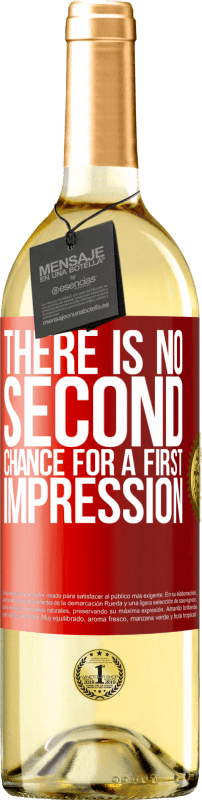 24,95 € Free Shipping | White Wine WHITE Edition There is no second chance for a first impression Red Label. Customizable label Young wine Harvest 2020 Verdejo
