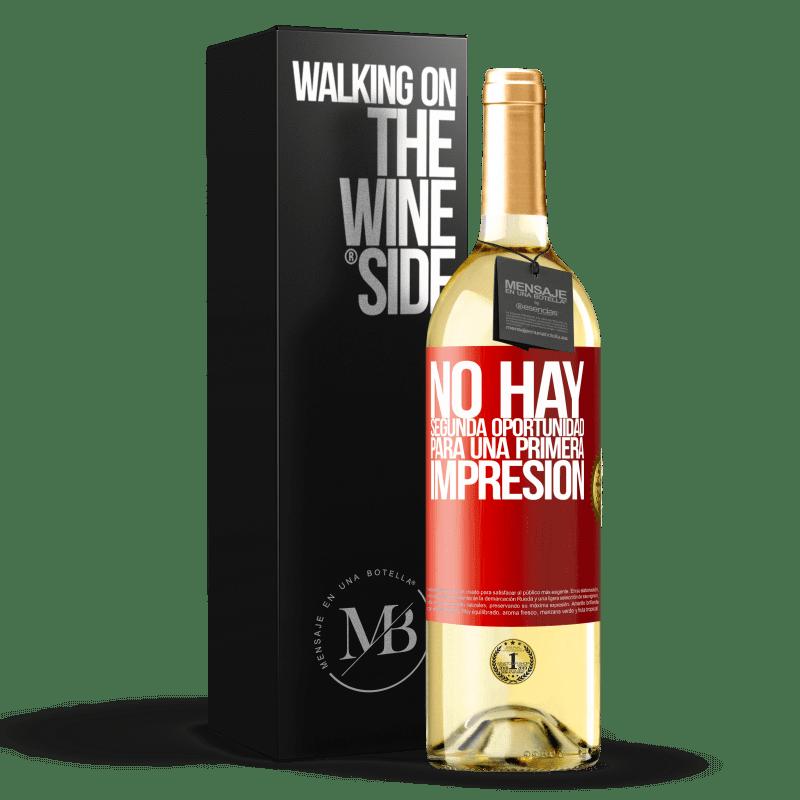 24,95 € Envoi gratuit | Vin blanc Édition WHITE Il n'y a pas de seconde chance pour une première impression Étiquette Rouge. Étiquette personnalisable Vin jeune Récolte 2020 Verdejo