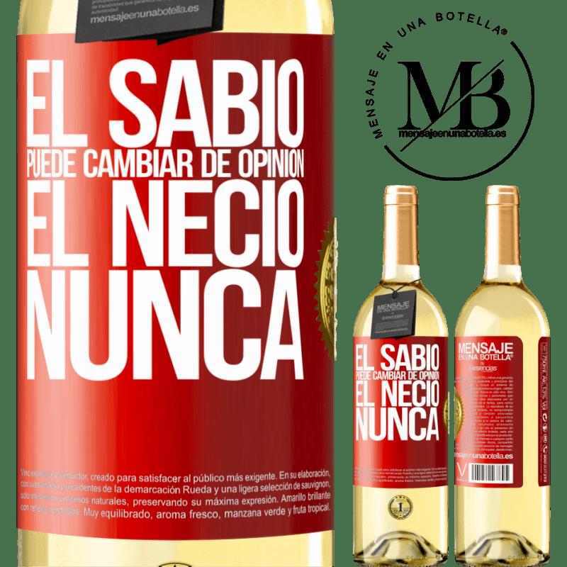 24,95 € Envío gratis   Vino Blanco Edición WHITE El sabio puede cambiar de opinión. El necio, nunca Etiqueta Roja. Etiqueta personalizable Vino joven Cosecha 2020 Verdejo