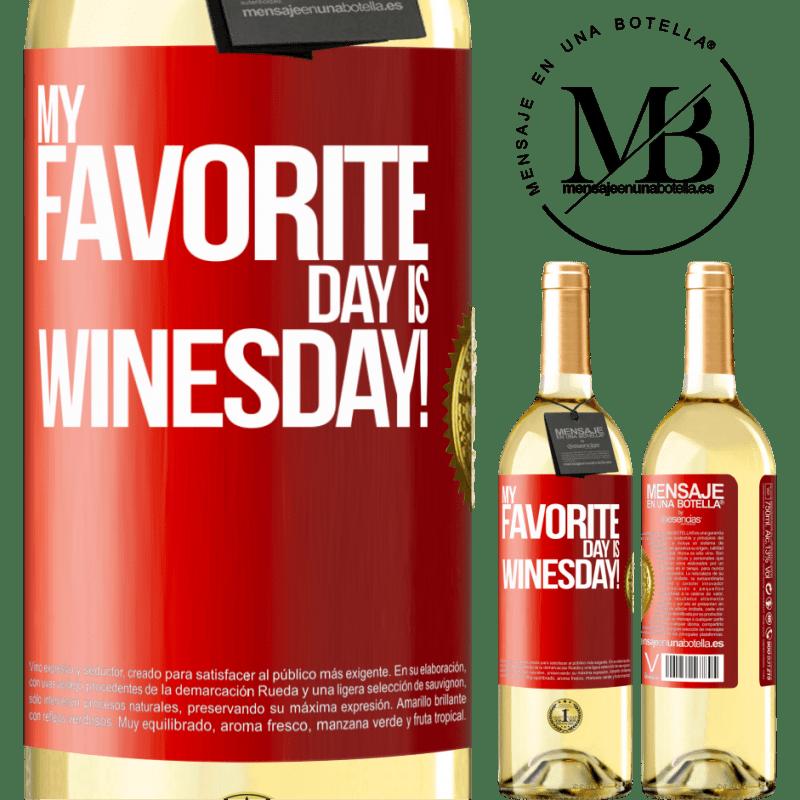 24,95 € Envío gratis | Vino Blanco Edición WHITE My favorite day is winesday! Etiqueta Roja. Etiqueta personalizable Vino joven Cosecha 2020 Verdejo