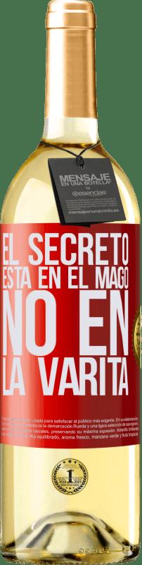 24,95 € Envío gratis | Vino Blanco Edición WHITE El secreto está en el mago, no en la varita Etiqueta Roja. Etiqueta personalizable Vino joven Cosecha 2020 Verdejo