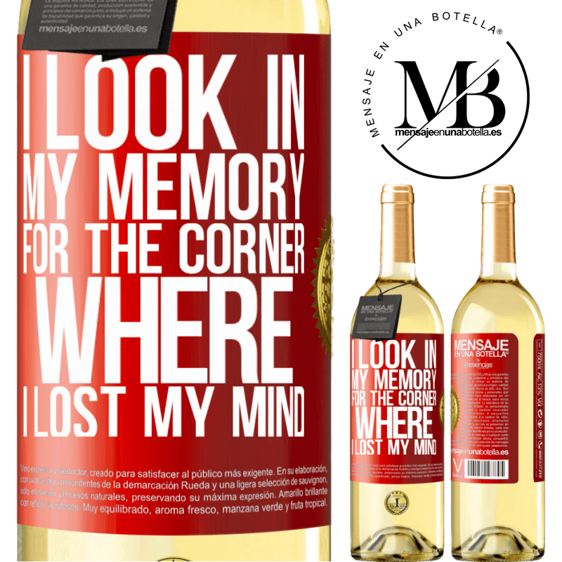 24,95 € Free Shipping   White Wine WHITE Edition I look in my memory for the corner where I lost my mind Red Label. Customizable label Young wine Harvest 2020 Verdejo