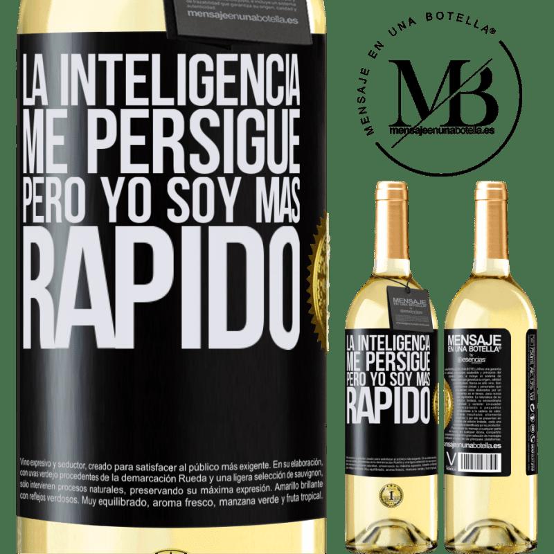 24,95 € Envío gratis | Vino Blanco Edición WHITE La inteligencia me persigue, pero yo soy más rápido Etiqueta Negra. Etiqueta personalizable Vino joven Cosecha 2020 Verdejo