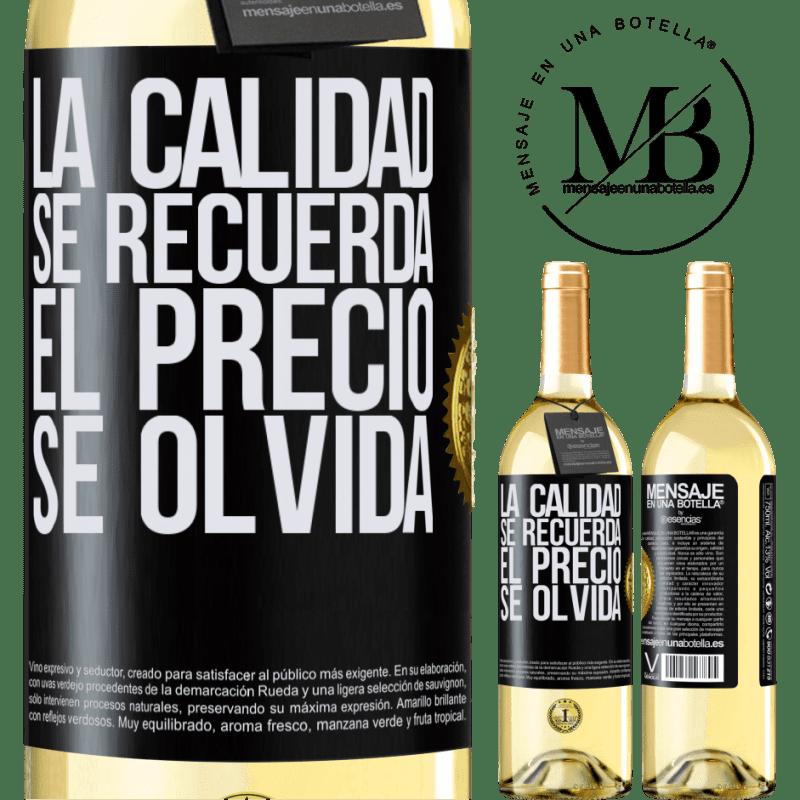 24,95 € Envoi gratuit | Vin blanc Édition WHITE La qualité est mémorisée, le prix est oublié Étiquette Noire. Étiquette personnalisable Vin jeune Récolte 2020 Verdejo