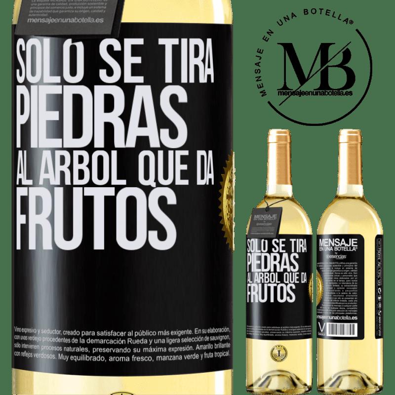 24,95 € Envoi gratuit   Vin blanc Édition WHITE Il suffit de jeter des pierres sur l'arbre qui porte des fruits Étiquette Noire. Étiquette personnalisable Vin jeune Récolte 2020 Verdejo