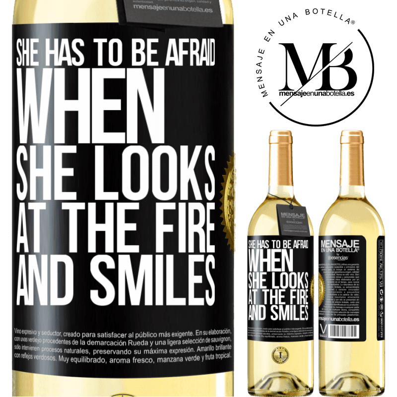 24,95 € Free Shipping   White Wine WHITE Edition She has to be afraid when she looks at the fire and smiles Black Label. Customizable label Young wine Harvest 2020 Verdejo
