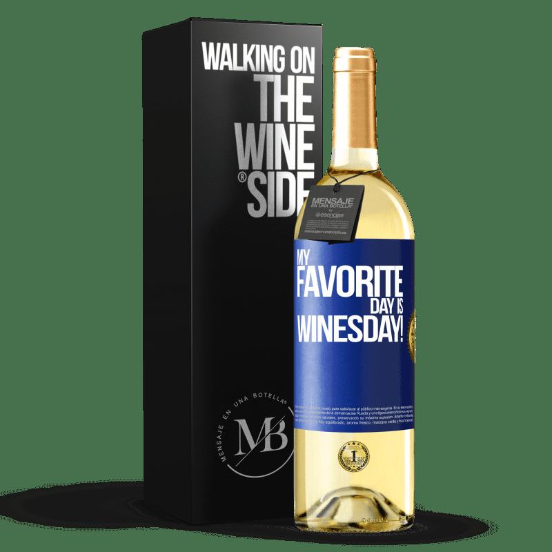 24,95 € Envío gratis | Vino Blanco Edición WHITE My favorite day is winesday! Etiqueta Azul. Etiqueta personalizable Vino joven Cosecha 2020 Verdejo