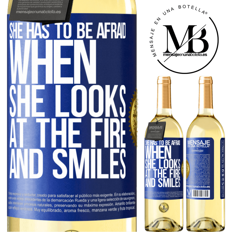 24,95 € Free Shipping   White Wine WHITE Edition She has to be afraid when she looks at the fire and smiles Blue Label. Customizable label Young wine Harvest 2020 Verdejo