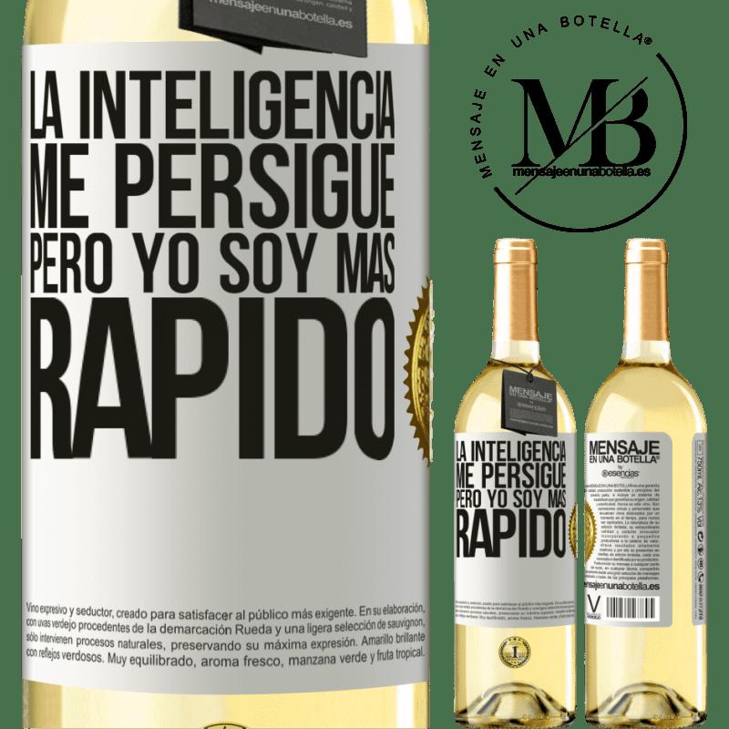 24,95 € Envío gratis | Vino Blanco Edición WHITE La inteligencia me persigue, pero yo soy más rápido Etiqueta Blanca. Etiqueta personalizable Vino joven Cosecha 2020 Verdejo