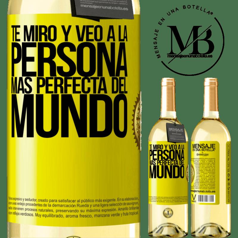 24,95 € Envío gratis | Vino Blanco Edición WHITE Te miro y veo a la persona más perfecta del mundo Etiqueta Amarilla. Etiqueta personalizable Vino joven Cosecha 2020 Verdejo
