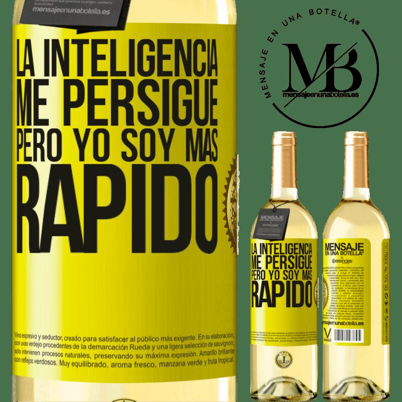 24,95 € Envío gratis | Vino Blanco Edición WHITE La inteligencia me persigue, pero yo soy más rápido Etiqueta Amarilla. Etiqueta personalizable Vino joven Cosecha 2020 Verdejo