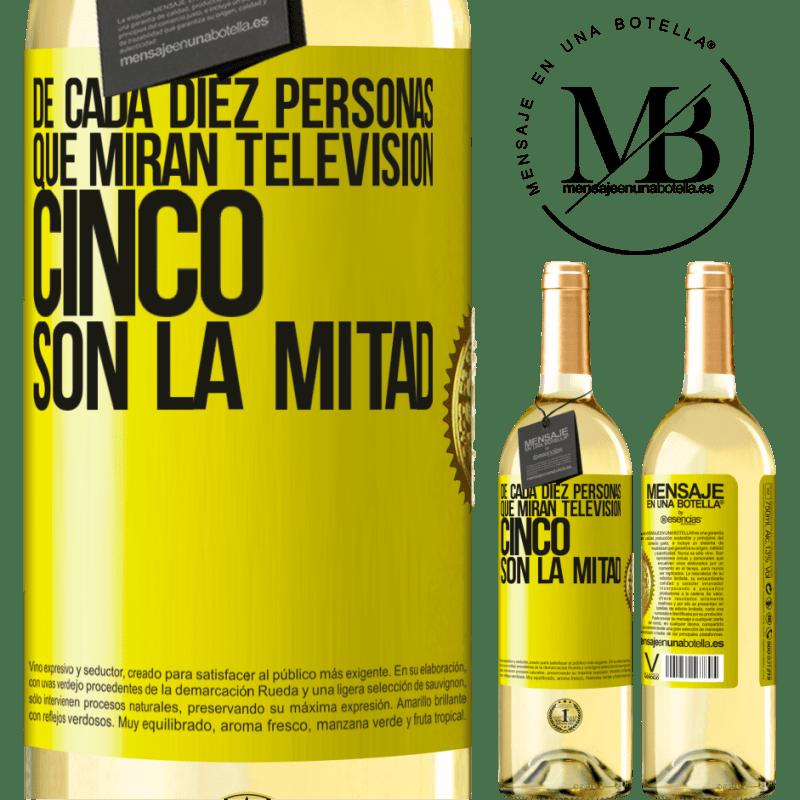 24,95 € Envío gratis   Vino Blanco Edición WHITE De cada diez personas que miran televisión, cinco son la mitad Etiqueta Amarilla. Etiqueta personalizable Vino joven Cosecha 2020 Verdejo