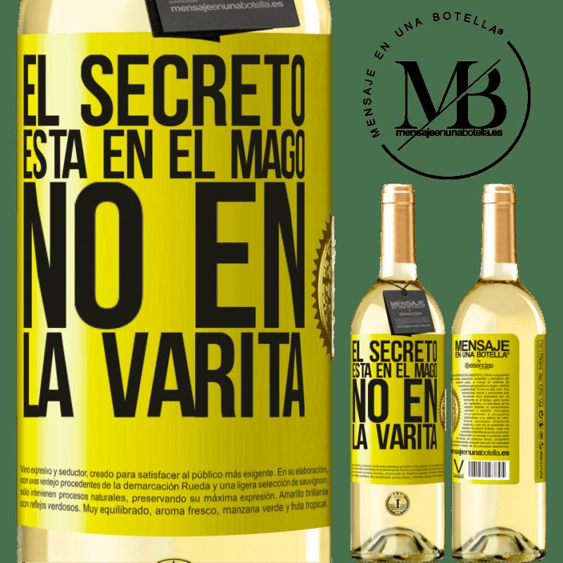 24,95 € Envoi gratuit | Vin blanc Édition WHITE Le secret est dans l'assistant, pas dans la baguette Étiquette Jaune. Étiquette personnalisable Vin jeune Récolte 2020 Verdejo