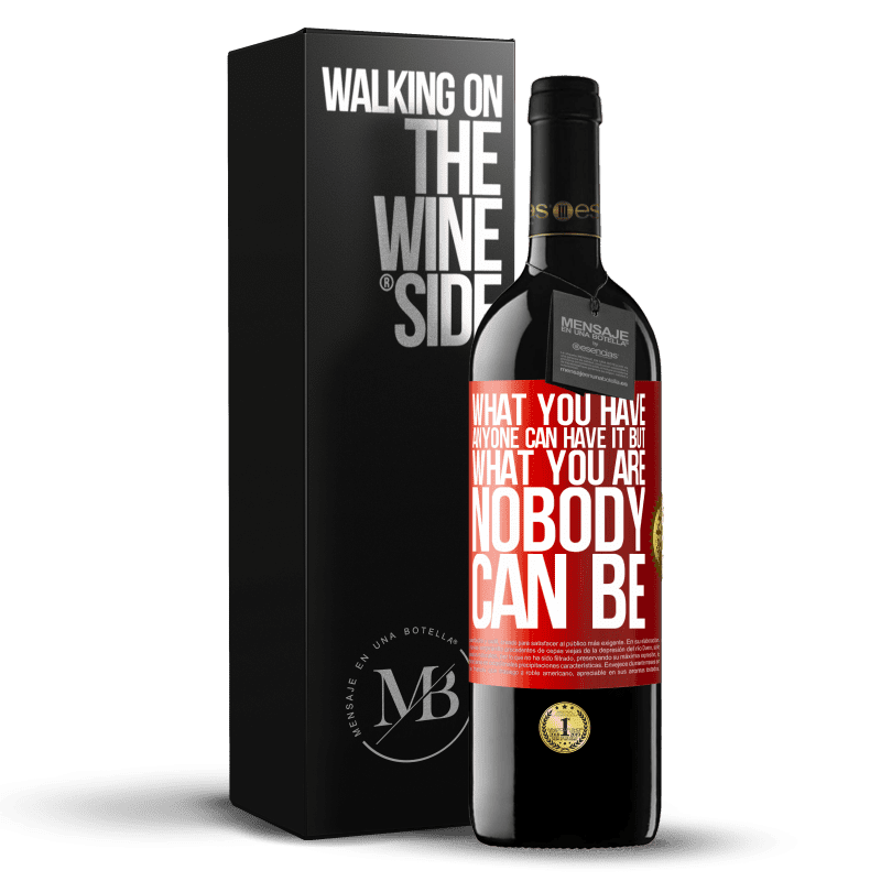 24,95 € Free Shipping | Red Wine RED Edition Crianza 6 Months What you have anyone can have it, but what you are nobody can be Red Label. Customizable label Aging in oak barrels 6 Months Harvest 2018 Tempranillo