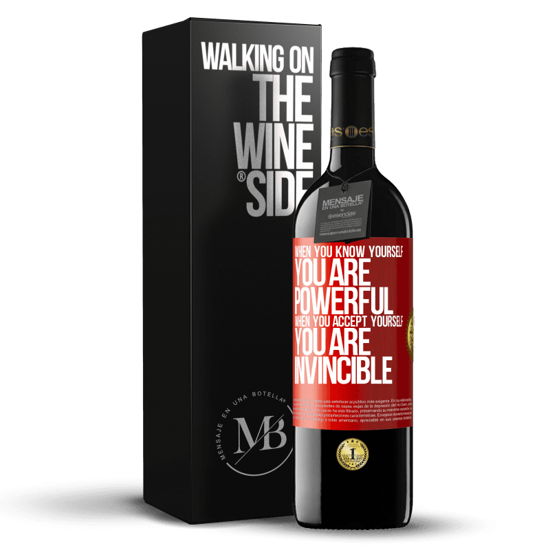 24,95 € Free Shipping | Red Wine RED Edition Crianza 6 Months When you know yourself, you are powerful. When you accept yourself, you are invincible Red Label. Customizable label Aging in oak barrels 6 Months Harvest 2018 Tempranillo