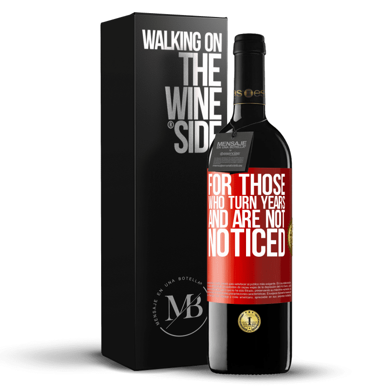 24,95 € Free Shipping | Red Wine RED Edition Crianza 6 Months For those who turn years and are not noticed Red Label. Customizable label Aging in oak barrels 6 Months Harvest 2018 Tempranillo