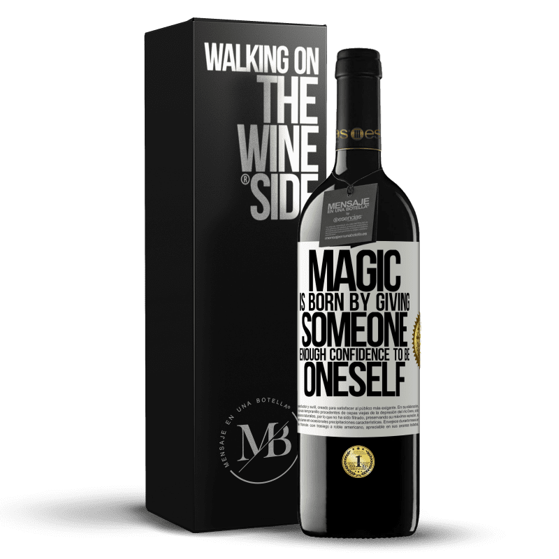 24,95 € Free Shipping | Red Wine RED Edition Crianza 6 Months Magic is born by giving someone enough confidence to be oneself White Label. Customizable label Aging in oak barrels 6 Months Harvest 2018 Tempranillo