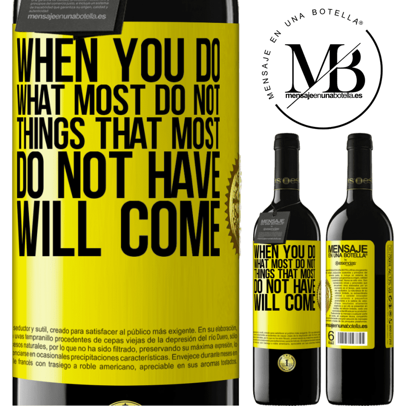 24,95 € Free Shipping   Red Wine RED Edition Crianza 6 Months When you do what most do not, things that most do not have will come Yellow Label. Customizable label Aging in oak barrels 6 Months Harvest 2018 Tempranillo