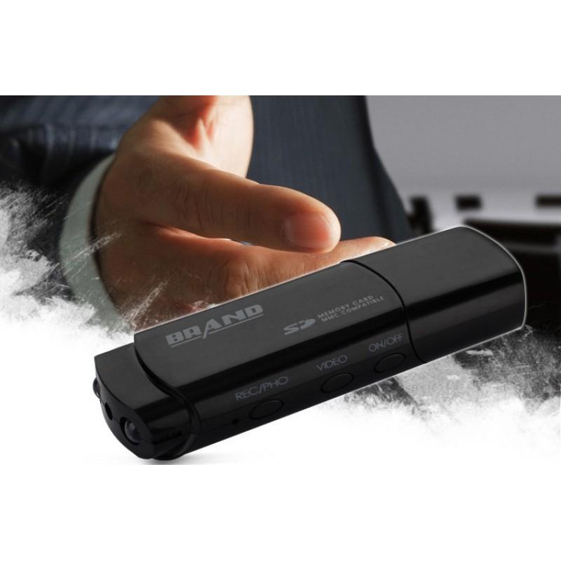 45,95 € Envoi gratuit   USB Espion Clé USB mini caméra cachée. Enregistreur vidéo numérique (DVR). Vision nocturne IR 1080P Full HD