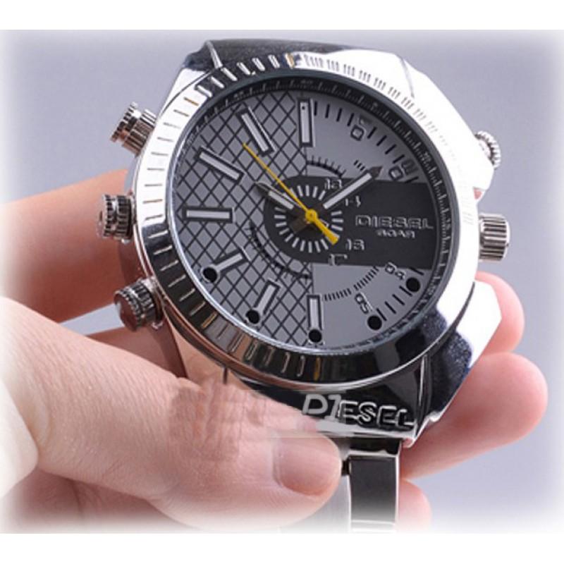 46,95 € Free Shipping   Watch Hidden Cameras Spy watch. Hidden camera. IR Infrared night vision. Water resistant 8 Gb 1080P Full HD