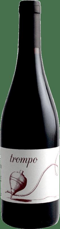 11,95 € Envío gratis | Vino tinto A Tresbolillo Trompo Joven D.O. Ribera del Duero Castilla y León España Tempranillo Botella 75 cl
