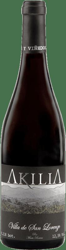 16,95 € Free Shipping | Red wine Akilia Villa San Lorenzo Crianza D.O. Bierzo Castilla y León Spain Mencía Bottle 75 cl