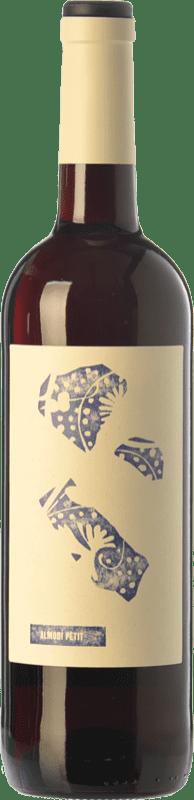 7,95 € 免费送货 | 红酒 Altavins Petit Almodí Negre Joven D.O. Terra Alta 加泰罗尼亚 西班牙 Syrah, Grenache, Carignan 瓶子 75 cl