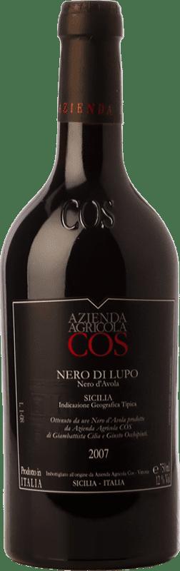 16,95 € Envío gratis | Vino tinto Cos Nero di Lupo Joven I.G.T. Terre Siciliane Sicilia Italia Nero d'Avola Botella 75 cl