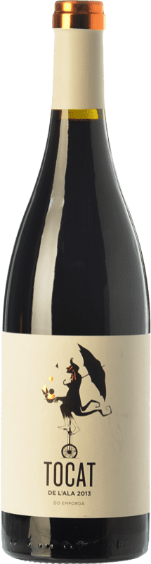 11,95 € Free Shipping | Red wine Coca i Fitó Tocat de l'Ala Joven D.O. Empordà Catalonia Spain Syrah, Grenache, Carignan Bottle 75 cl