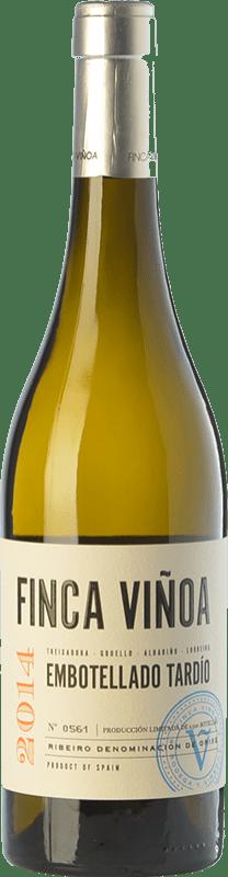 17,95 € Free Shipping | White wine Finca Viñoa Embotellado Tardío D.O. Ribeiro Galicia Spain Godello, Loureiro, Treixadura, Albariño Bottle 75 cl