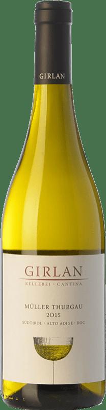 11,95 € Envío gratis | Vino blanco Girlan D.O.C. Alto Adige Trentino-Alto Adige Italia Müller-Thurgau Botella 75 cl