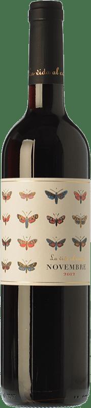 9,95 € Free Shipping | Red wine La Vida Al Camp Novembre Joven D.O. Penedès Catalonia Spain Tempranillo, Grenache, Samsó Bottle 75 cl