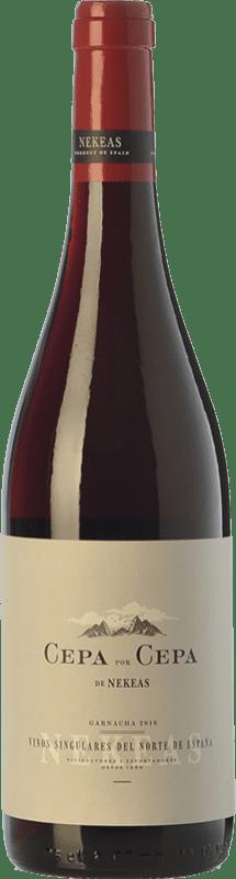 7,95 € Envío gratis | Vino tinto Nekeas Cepa por Cepa Garnacha Joven D.O. Navarra Navarra España Tempranillo, Garnacha Botella 75 cl