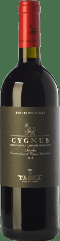 14,95 € 免费送货 | 红酒 Tasca d'Almerita Cygnus I.G.T. Terre Siciliane 西西里岛 意大利 Cabernet Sauvignon, Nero d'Avola 瓶子 75 cl