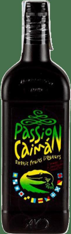 9,95 € Envío gratis | Licores Passion Caimán España Botella 70 cl